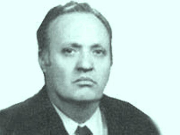 """1960 SONRASI TOPLUMCU TÜRK TİYATROSU VE DÖRT YAZARI ( 2 )""""İSMET KÜNTAY""""  /  ÖZGÜR BAŞKAYA"""